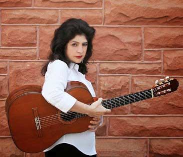 Lily Afshar - Classical Guitarist