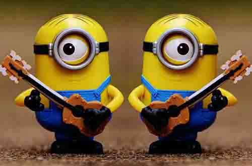 Two-Minions-Playing-Guitar