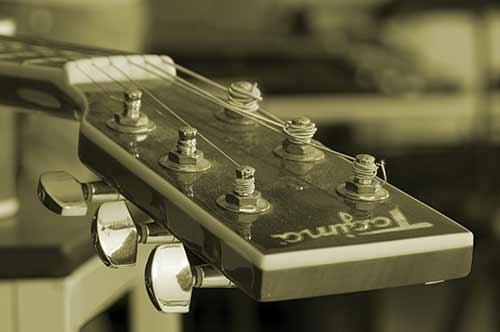 Sepia-Guitar-Headstock